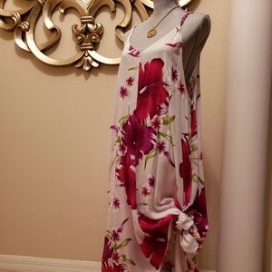 Indian Boutique - White & Red rose Dress